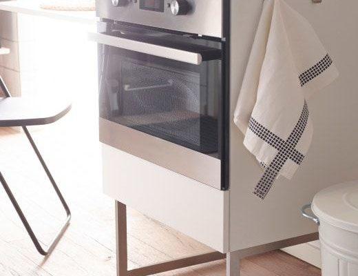 Oven schoonmaken: 10 Handig Tips Voor Een Blinkend Schone Oven