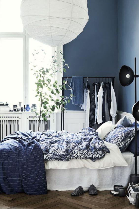 donkerblauwe slaapkamer ideeën en voorbeelden